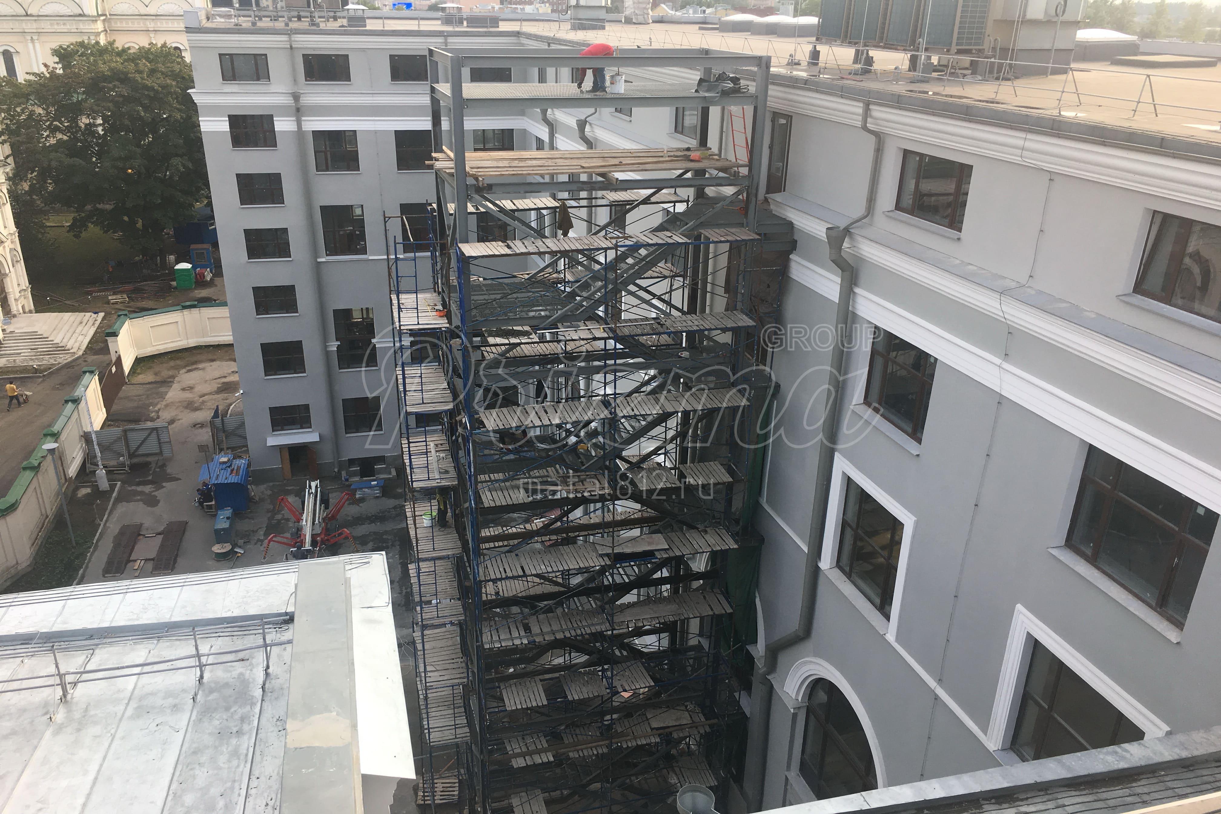 Эвакуационная сварная металлическая лестница П2