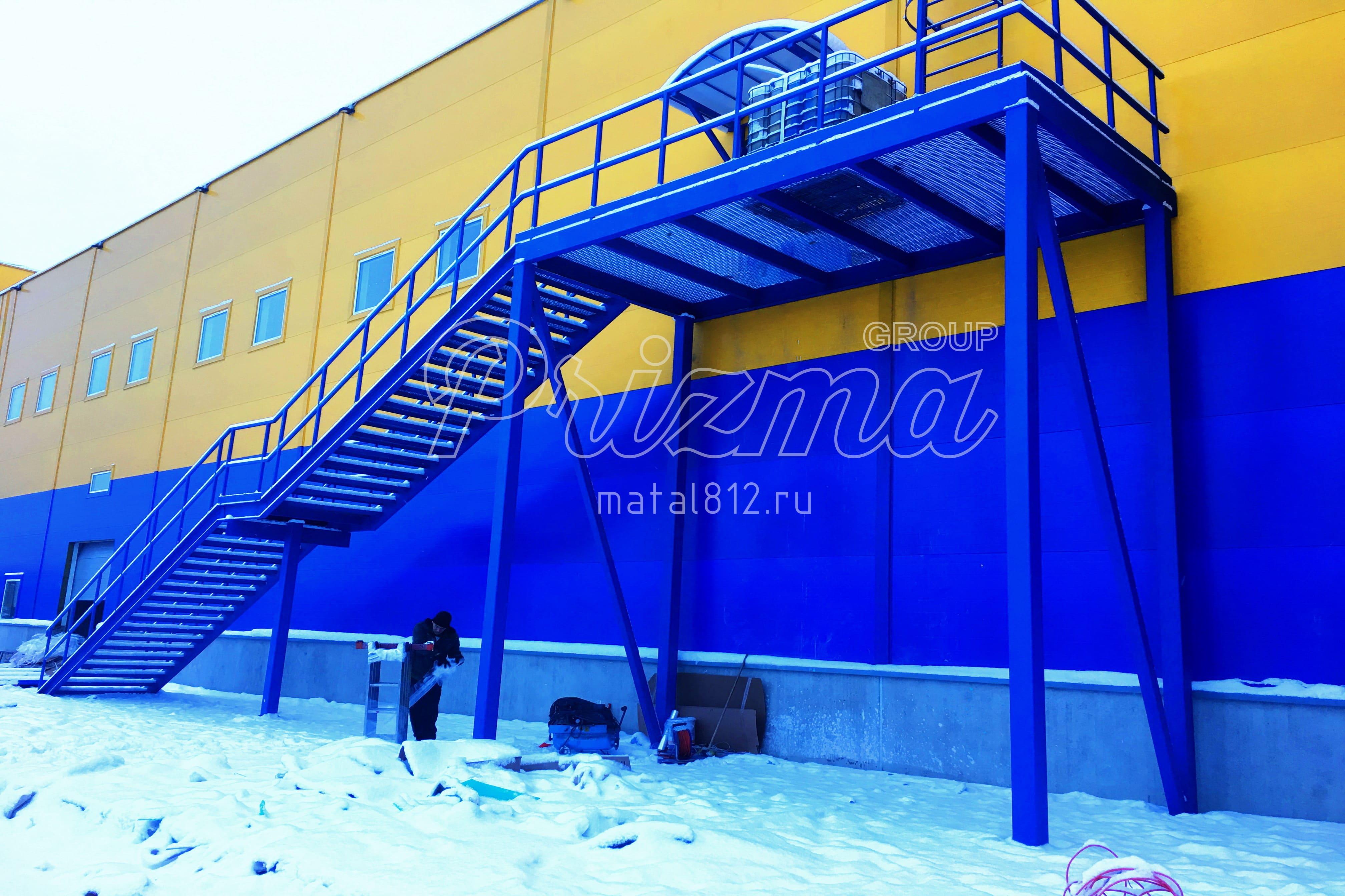 Стальная эвакуационная лестница П2 проектирование