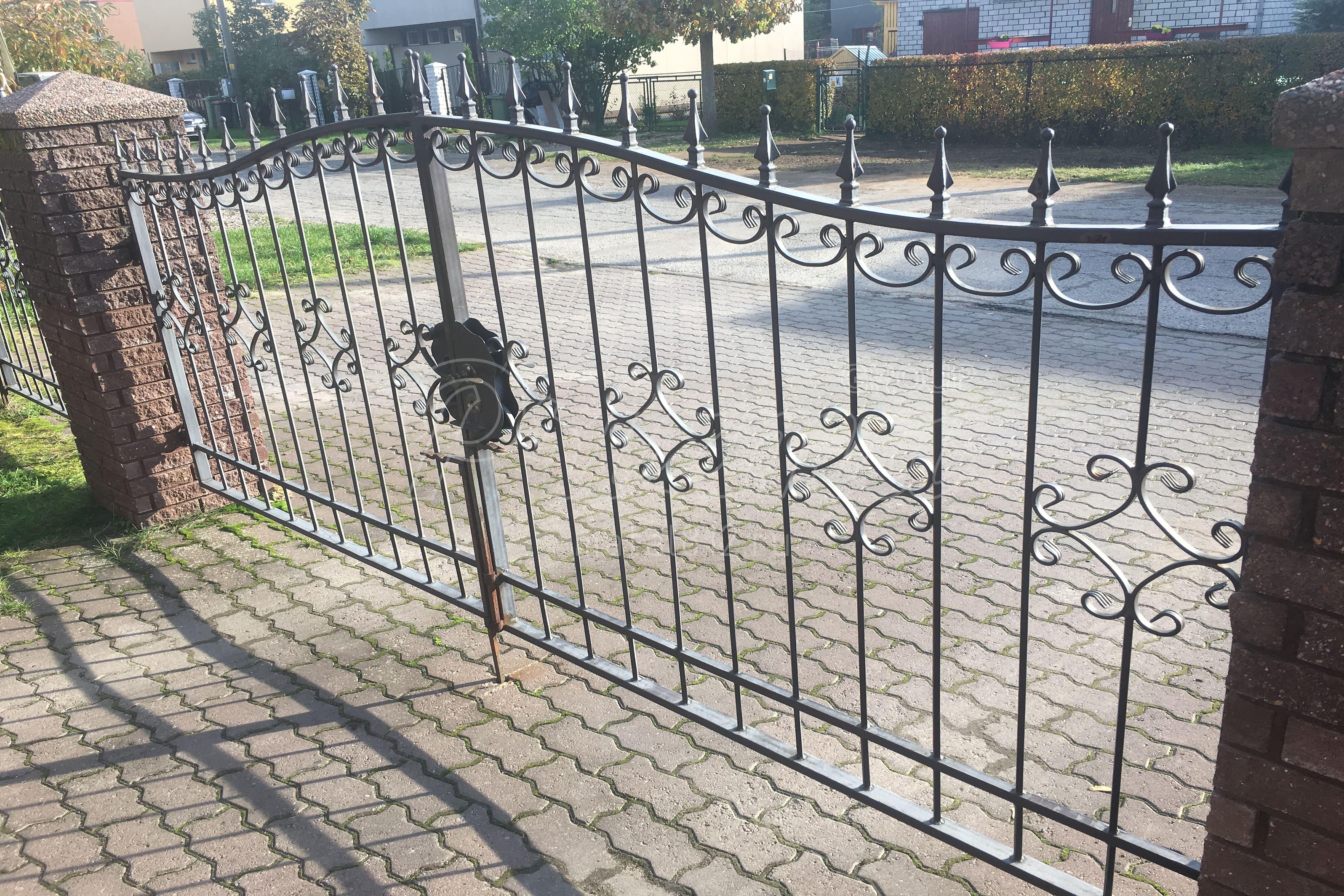 Проектирование ворот распашных с элементами ковки