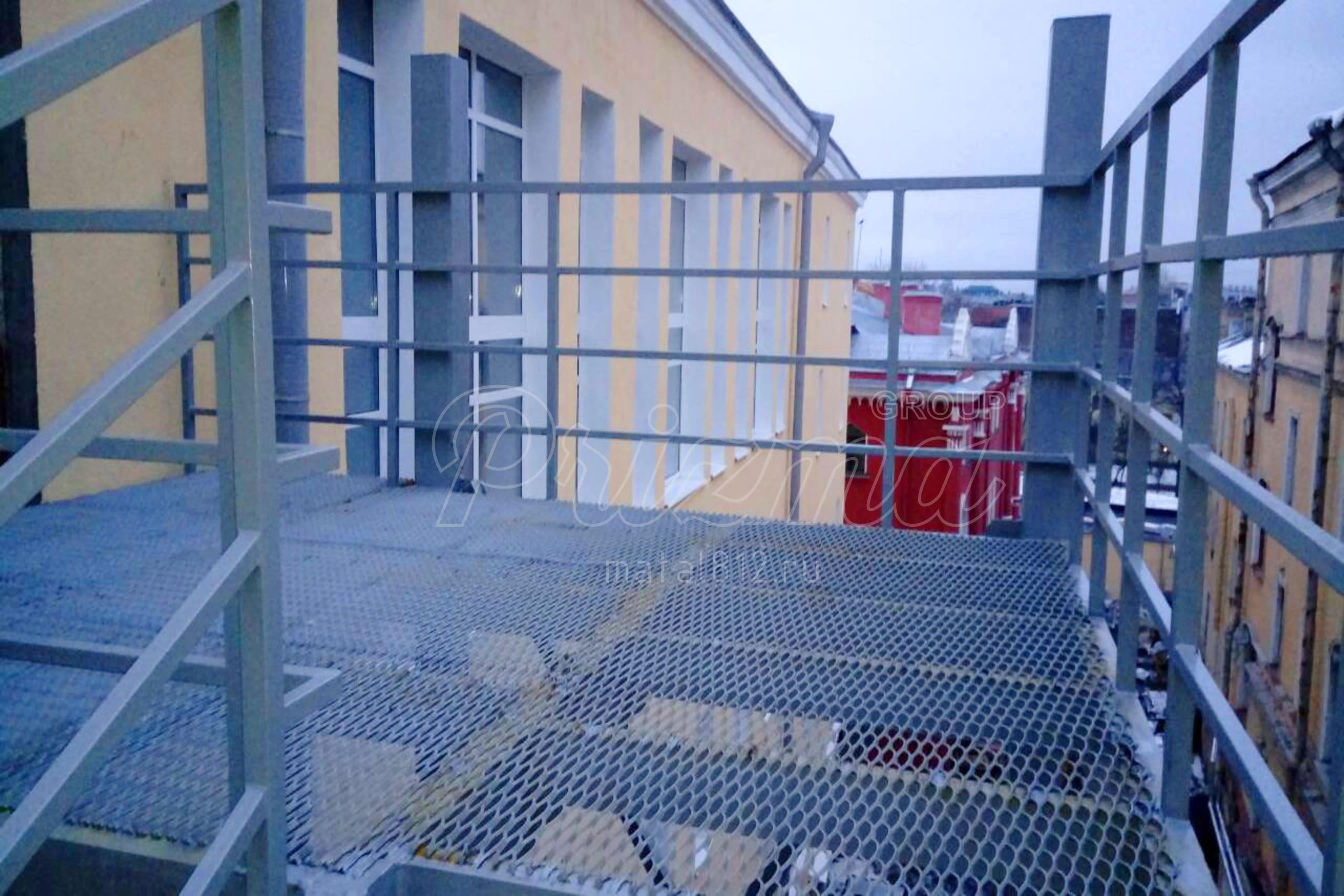 Изготовление ограждение металлических лестниц