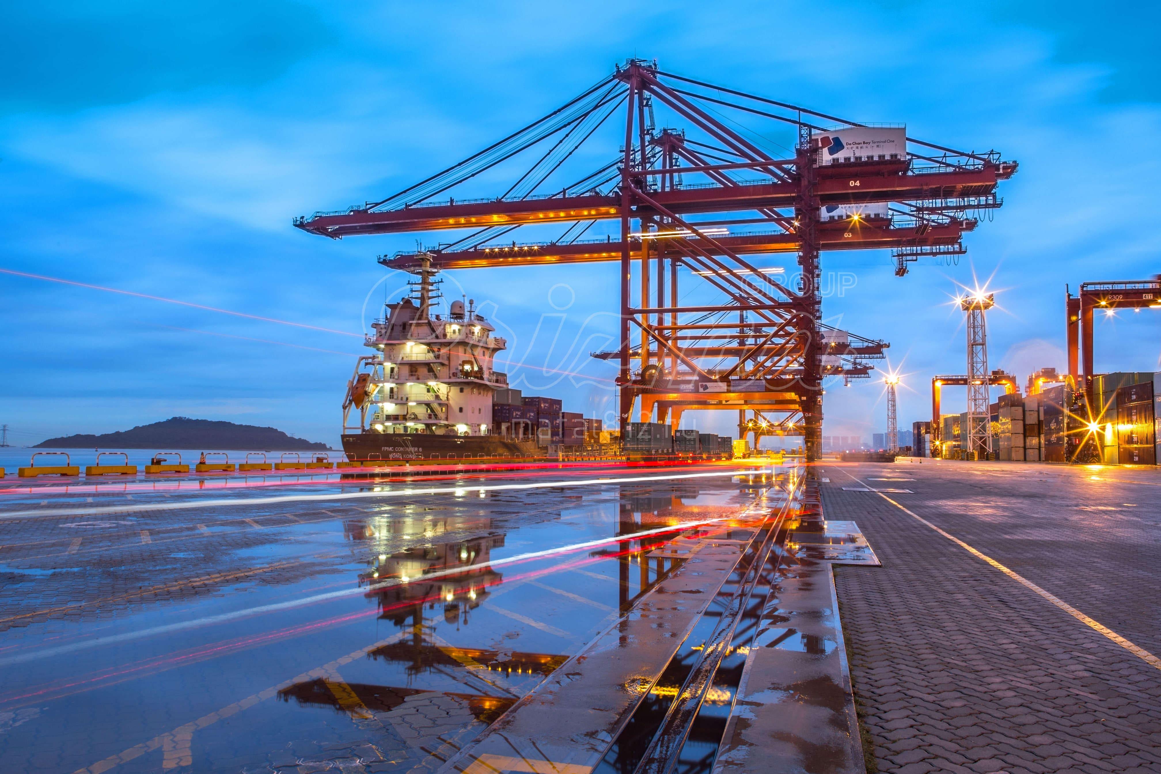 Заказать краны для портов и терминалов